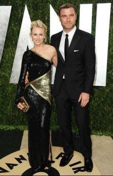 Naomi Watts y esposo