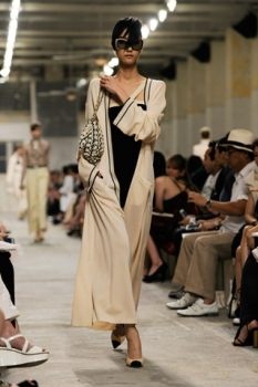 chanel-cruise-2013-14-looks-of-the-show-11