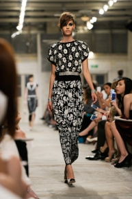 chanel-cruise-2013-14-looks-of-the-show-19