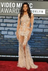 Ciara deslumbró con este vestido Alta Costura de Givenchy.