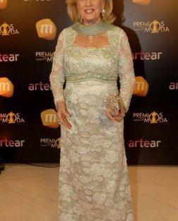 También vestida por Ibañez.