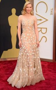 Cate Blanchett by Armani. SImplemente, de las mejores.
